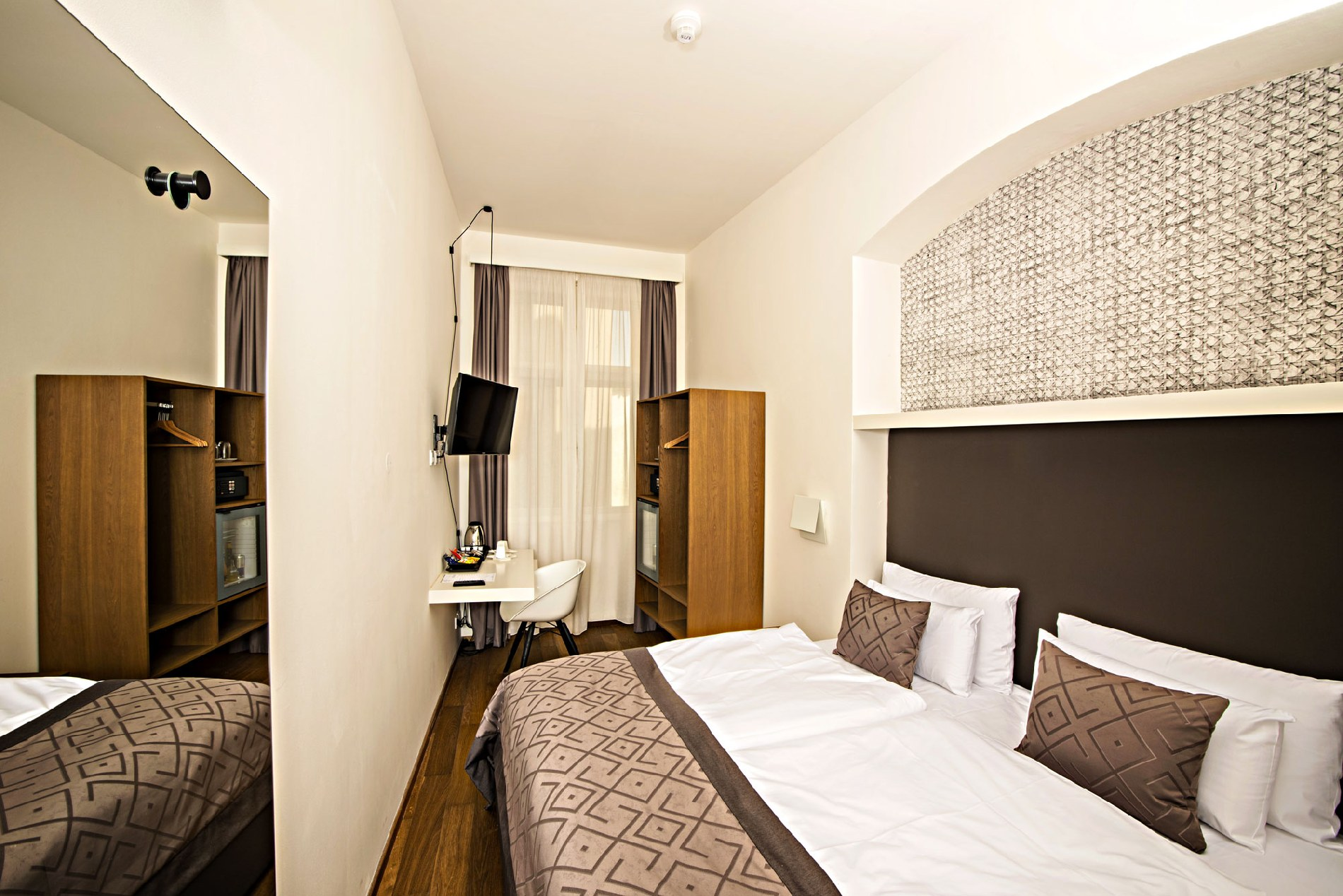 Superior Double Twin Room Square View Hotel Golden Crown Prague